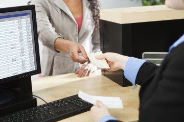 Kiderült melyik banknál mikortól igényelhető a CSOK!